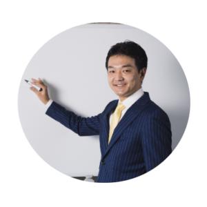 スタディングTOEIC TEST講座の早川幸治先生(男性)顔写真