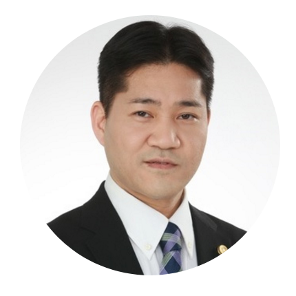 スタディング司法試験講座の小村仁俊先生(男性)顔写真