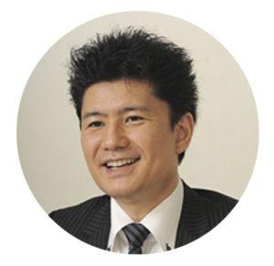 スタディング公務員講座の花田徹也講師(男性)顔写真